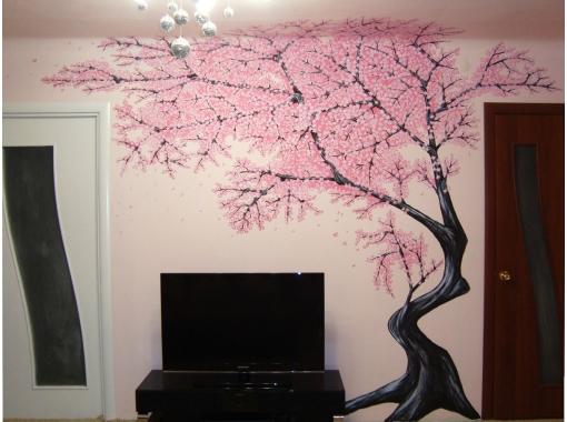 Сакура в интерьре комнаты