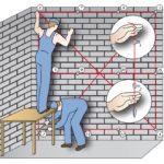 Этапы установки маяков для штукатурки стены, видео и пояснение