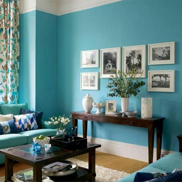 Голубой цвет в интерьре гостиной