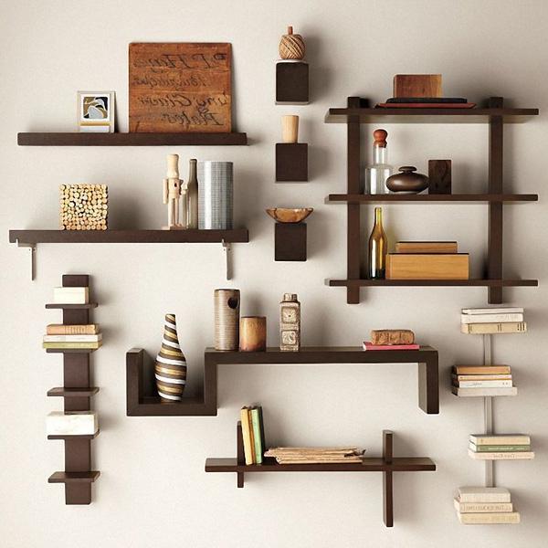 Маленькие и большие изделия прекрасно подчеркивают интерьр комнаты
