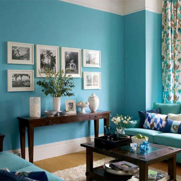 Сетло-синий цвет в интерьере