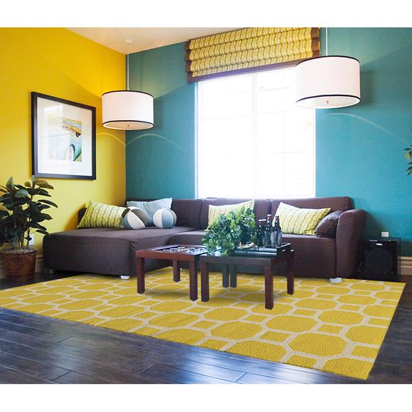 Комбинирование желтого с синим