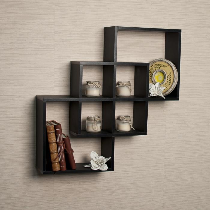 Темно-коричневая мебель
