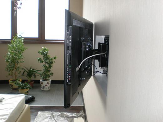 Выбираем кронштейны под телевизор на стену