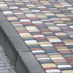 Как установить бордюры для тротуарной плитки