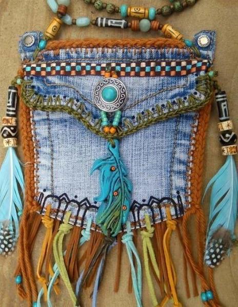 100de837863f Идеи лоскутного шитья из джинсов: вторая жизнь старым вещам. Нагрудный  ксивник – обязательный атрибут любого ...