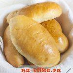Пирожки печеные с мясом из дрожжевого теста по ГОСТу — рецепт