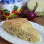 Заливной пирог с капустой и курицей — рецепт с фото