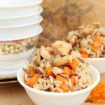 Рис с куриным филе и морковью по-египетски