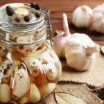 Маринованный чеснок с крыжовником на зиму: рецепты приготовления