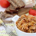 Квашеная капуста со свининой в мультиварке — рецепт