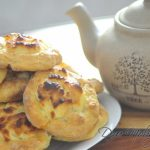 Ватрушки на кефире с творогом — рецепт в духовке (с фото)