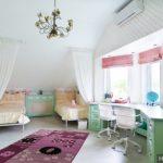 Спальня для двух девочек подростков или разного возраста: зонирование пространства, расположение мебели