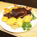 Дикая утка, запеченная в горчице с картошкой — Кулинария для мужчин