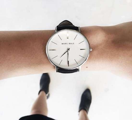 3ca969f6c085 Самые модные женские часы 2016-2017  фото наручных моделей