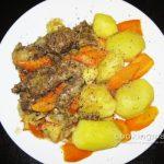 Мясо бобра тушеное в сметане — Кулинария для мужчин