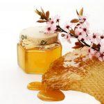 Скраб из меда для лица: лучшие народные рецепты