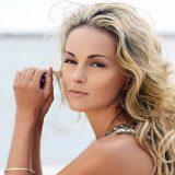 Какой макияж делать на море: актуальные советы