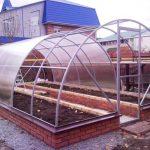 Как построить фундамент для теплицы из поликарбоната