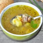 Картофельный суп с копчеными ребрами – пошаговый фоторецепт