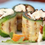 Роллы из кабачка и бекона с начинкой — рецепт