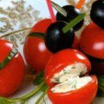 Канапе из черри с начинкой — рецепт