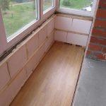 Чем утеплить балкон или лоджию
