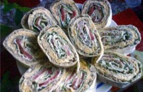 Закуска-рулет из лаваша, закуски с мясом и субпродуктами