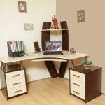 Основные правила выбора практичного письменного стола