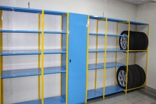 Как выбрать гаражные стеллажи