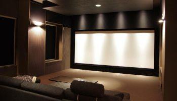 Акустические панели для театров и кинотеатров. Применение и виды