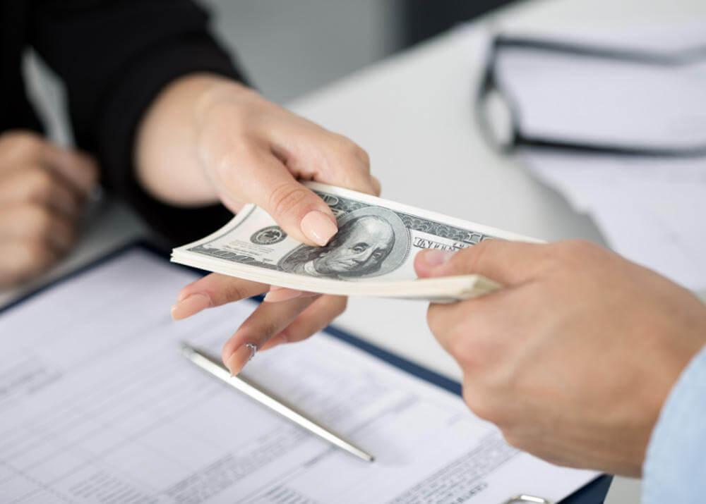 Когда нужно брать кредит и на что обратить внимание