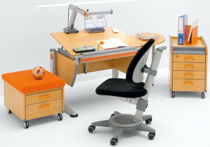 Правильно выбираем письменный стол