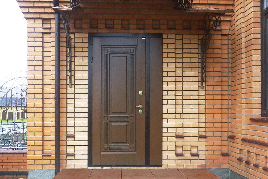 Чем отличается входная утепленная дверь