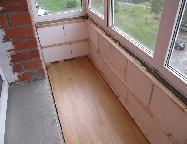 Какие материалы использовать для утепления балкона