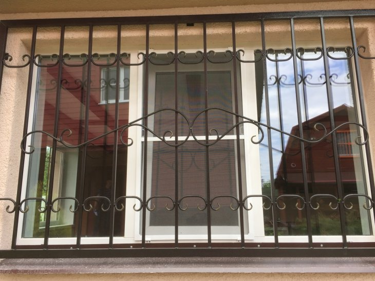 Как правильно выбрать решетки на окна