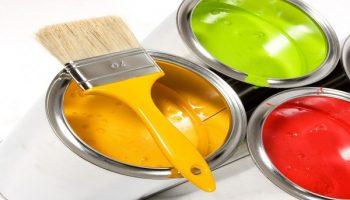 На какие свойства фасадной краски нужно обращать внимание при выборе